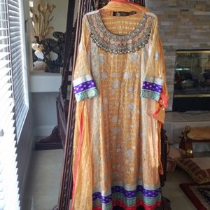 Gorgeous 3 piece Pakistani/indian Formal wear
